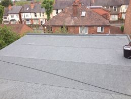 Finished mineral felt flat roof